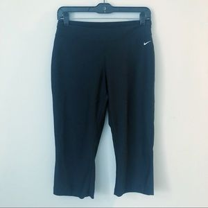 NIKE FIT DRY BLACK ATHLETIC CROP WORKOUT PANTS MED
